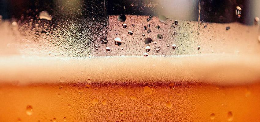 Comparatif des Meilleurs Kits de brassage de bière